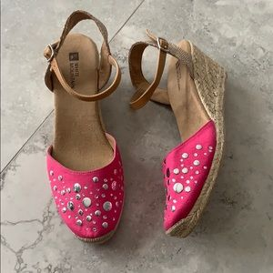 White Mountain Solar Wedge Pink